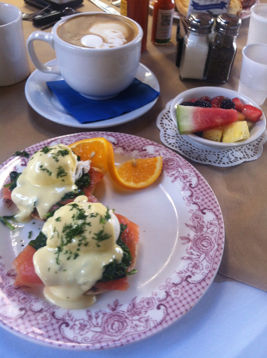 jeannines-santa-barbara-breakfast