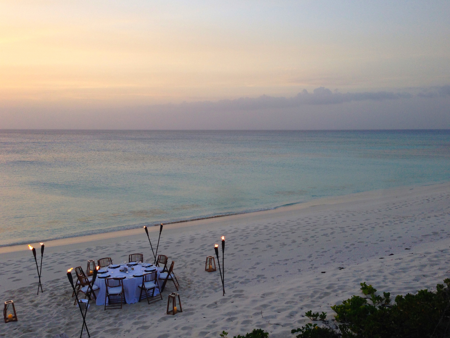 dinner-in-the-sand-turks-and-caicos