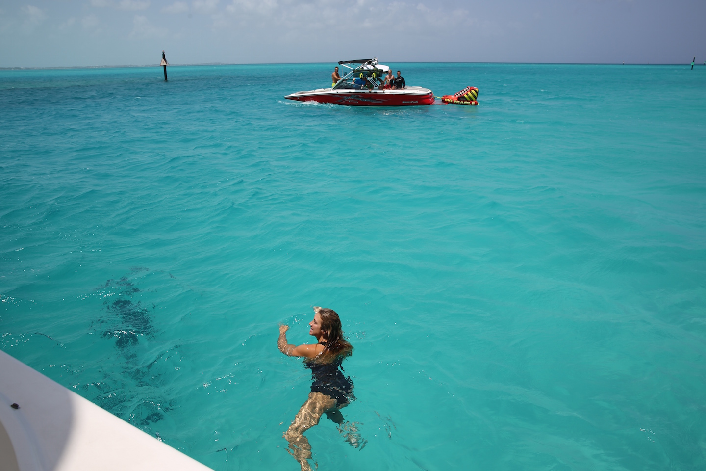 swimming-turks-and-caicos
