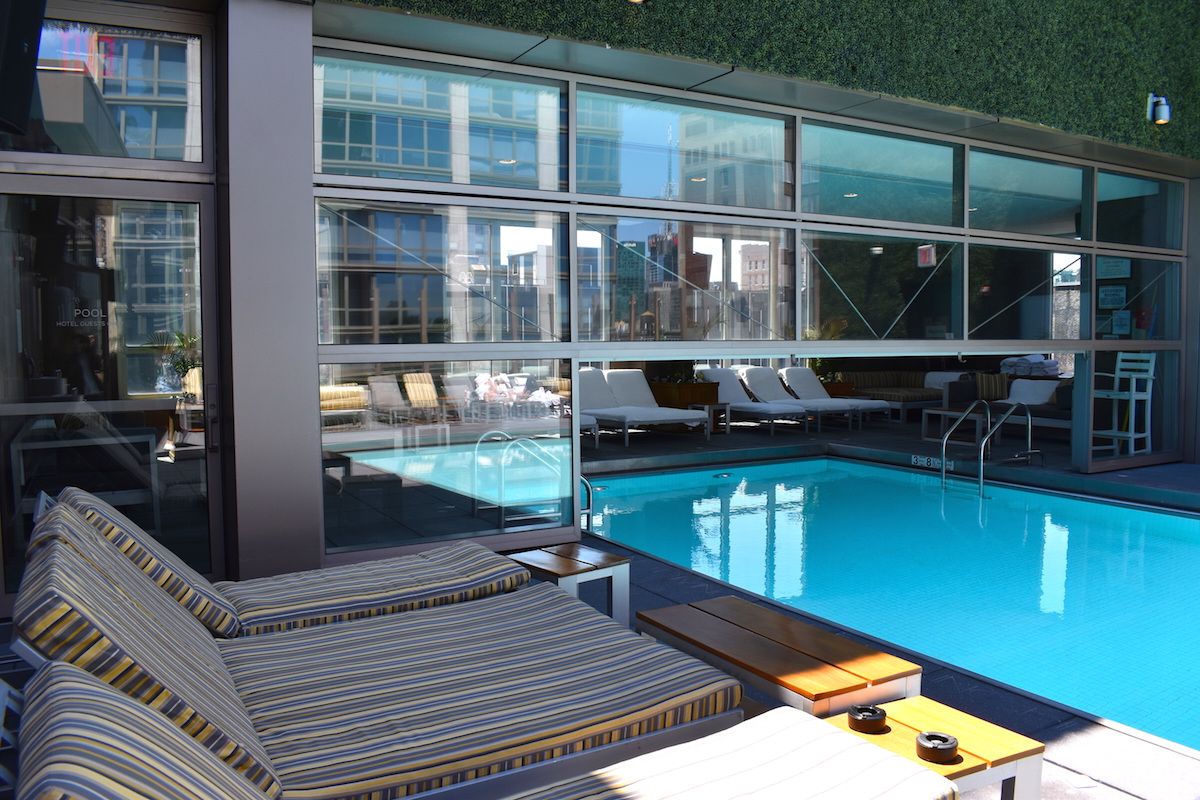 gansevoort-rooftop-pool