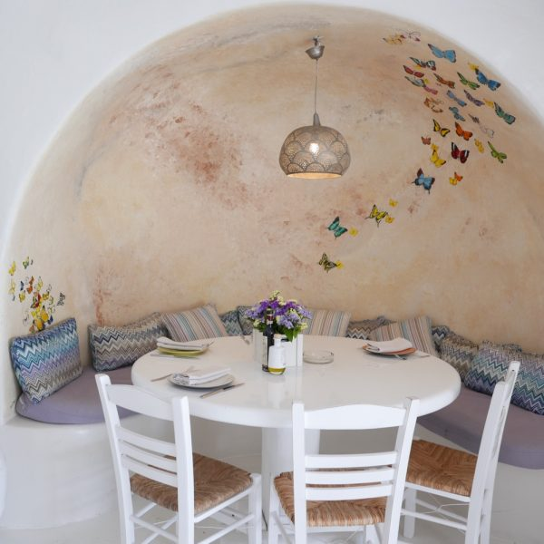 THE HOTTEST PLACES TO LUNCH, BRUNCH & DINE IN MYKONOS