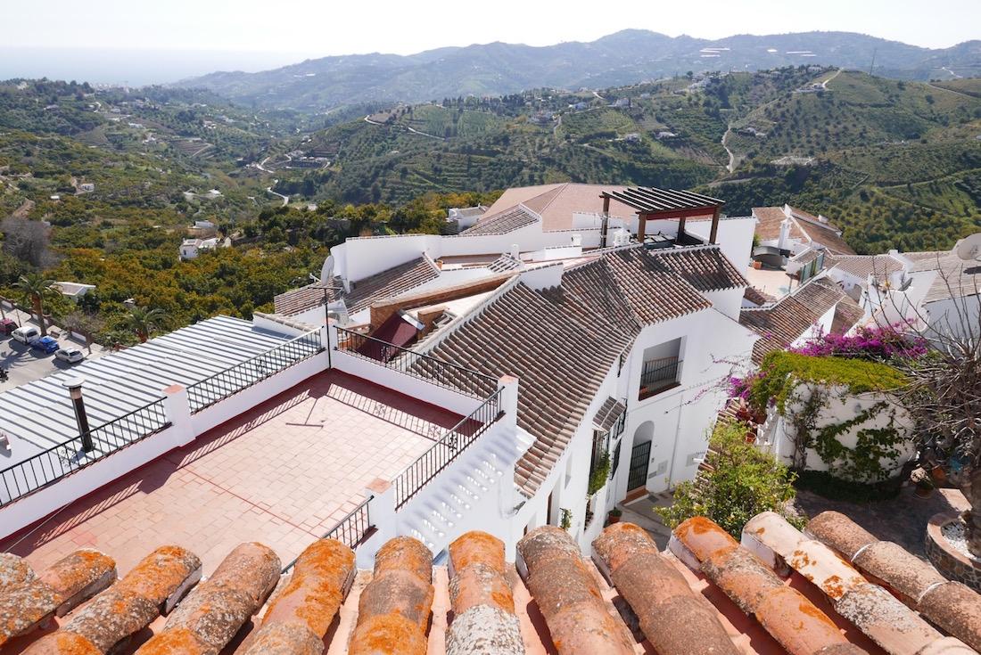 frigilana-rooftops