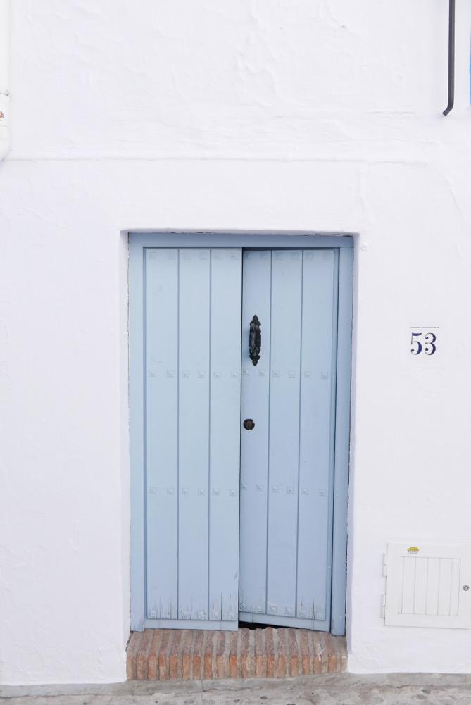 frigiliana-blue-door-5