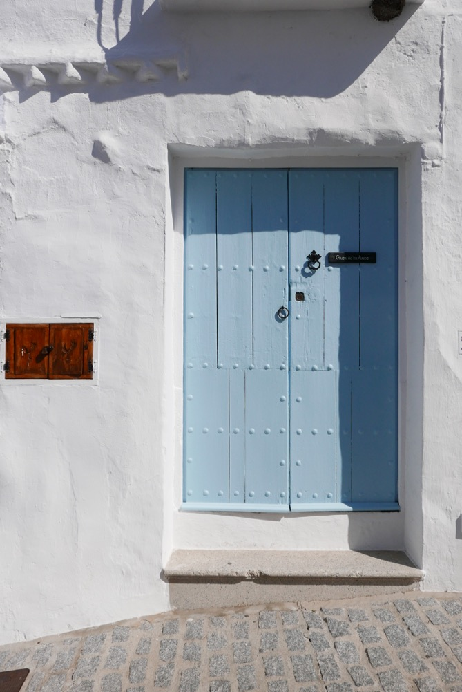 frigiliana-blue-door