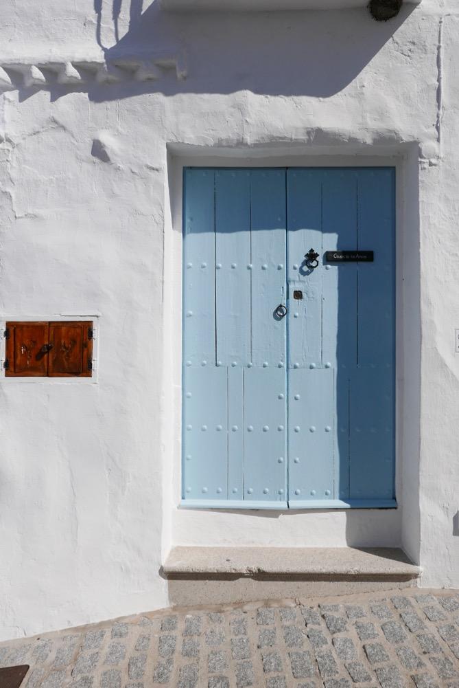 frigiliana-blue-door