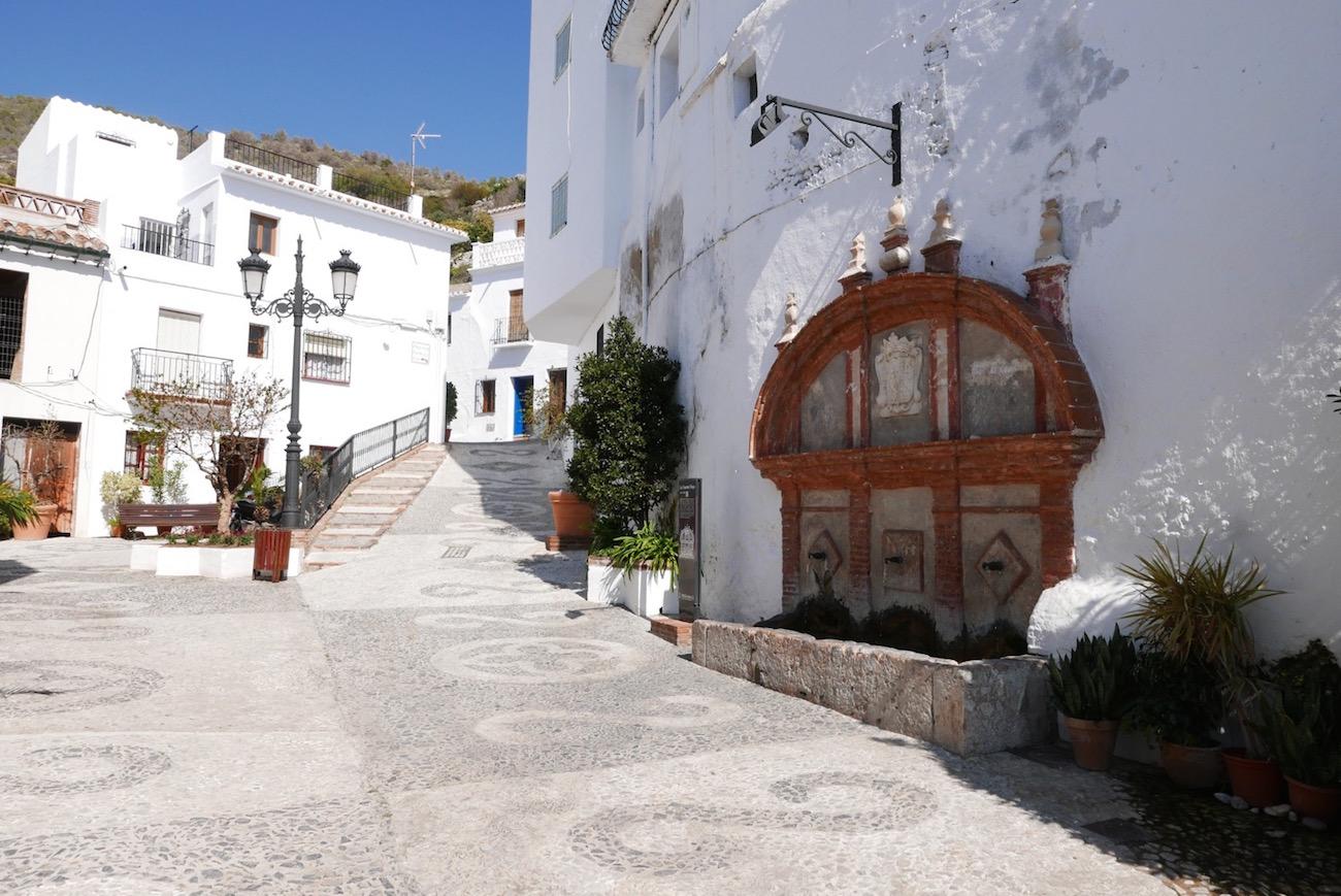 frigiliana-entrance