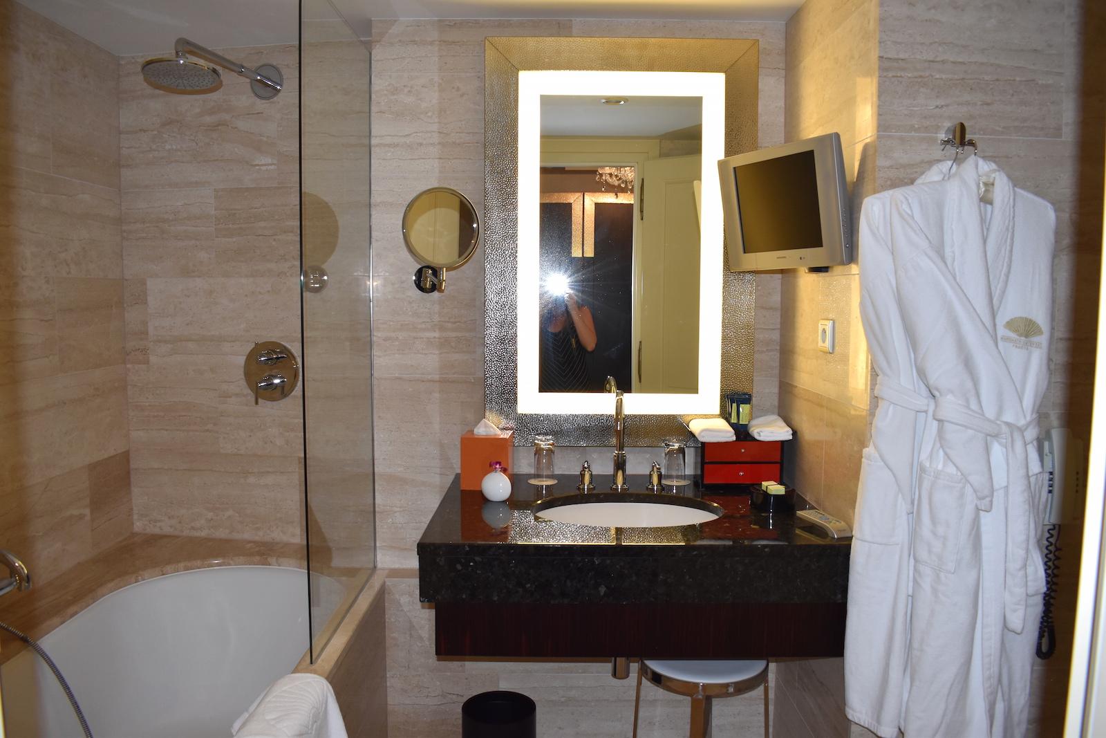 bathroom-mandarin-oriental-prague