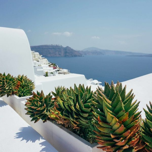 GIRLS GETAWAY TO SANTORINI