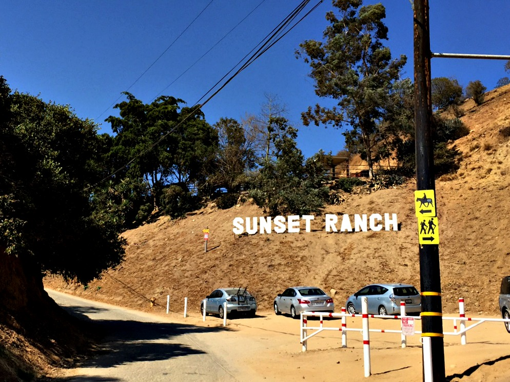 Sunset-Ranch-Hike-Entrance