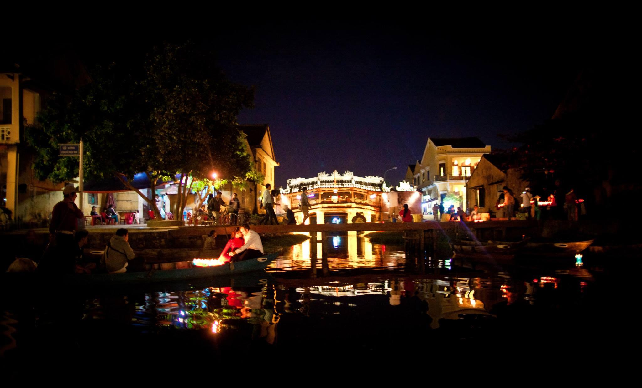 lantern-river