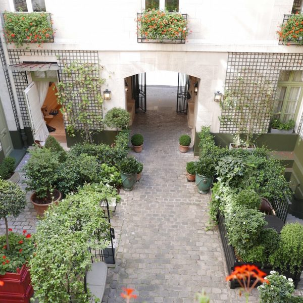 HOTEL REVIEW: RELAIS CHRISTINE, PARISIAN LUXURY IN THE LATIN QUARTER