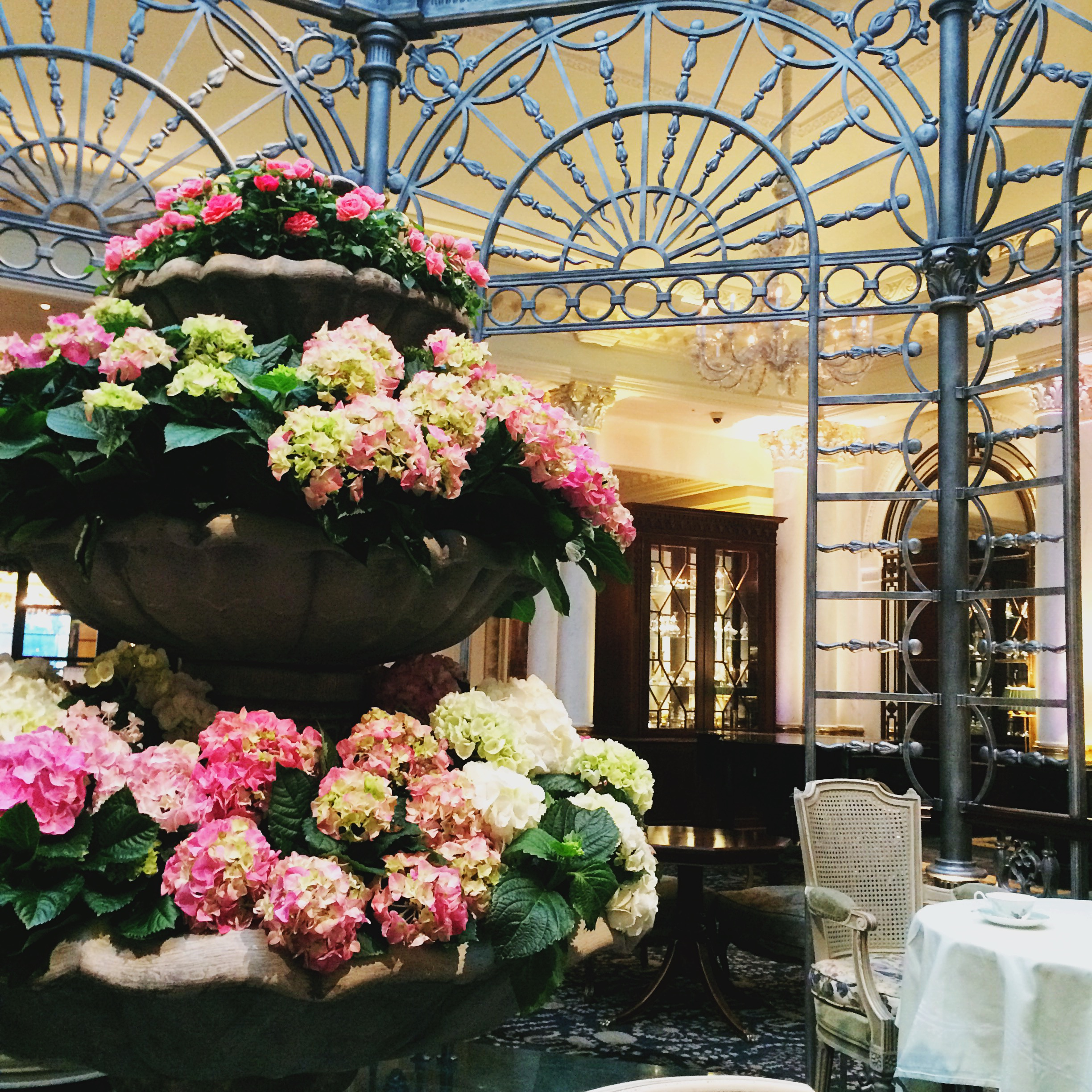 afternoon-tea-london-savoy