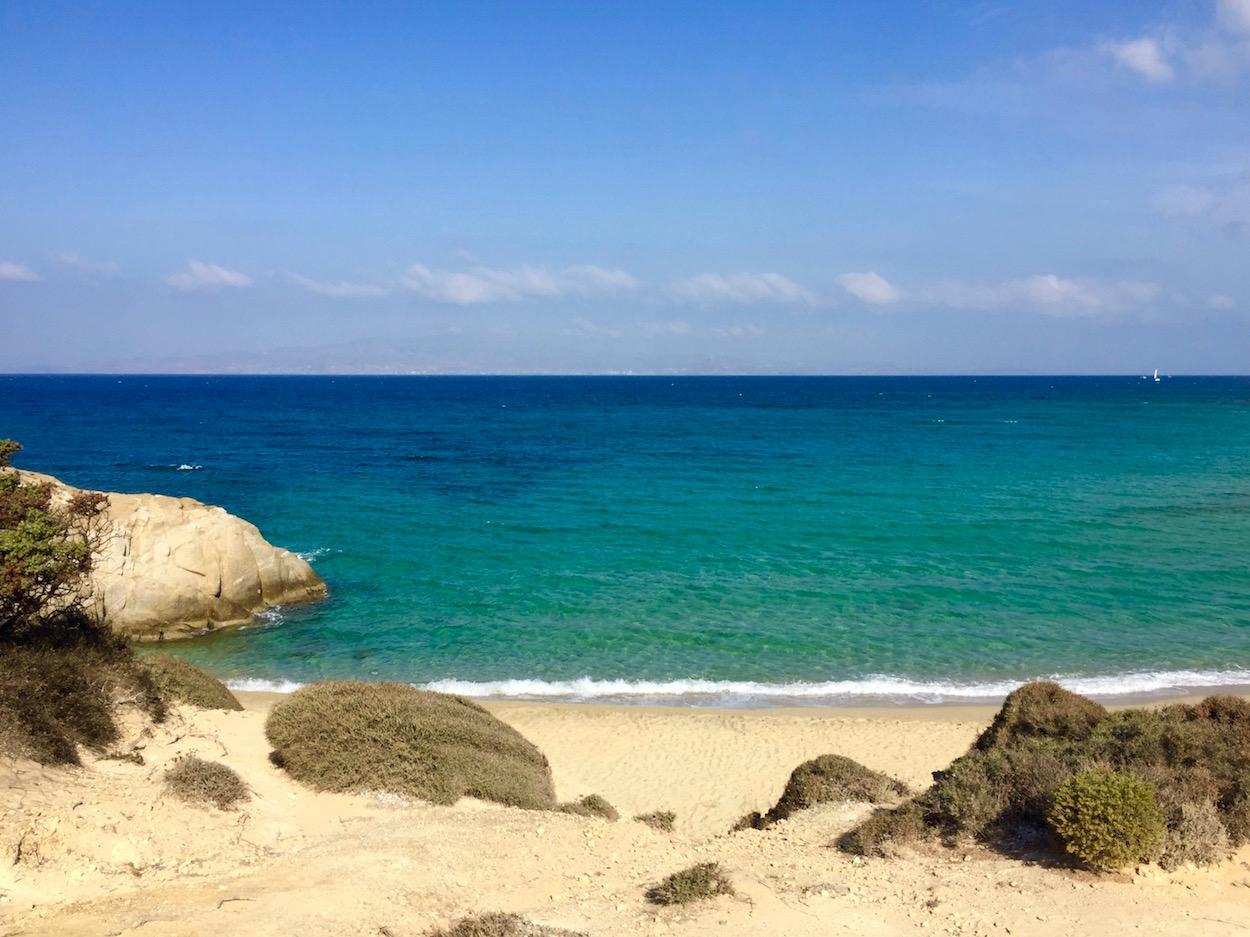 small-cyclades-beach-camp