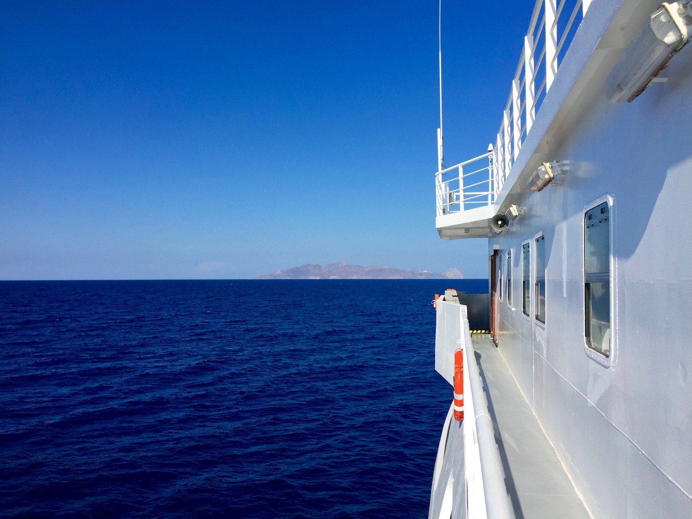 Small-Cyclades-Boat.