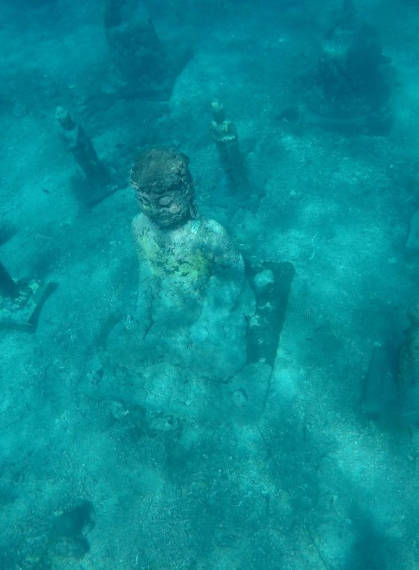 FINDING THE UNDERWATER BUDDHA - NUSA CENINGAN