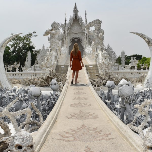 VISITING THE WHITE TEMPLE IN THAILAND
