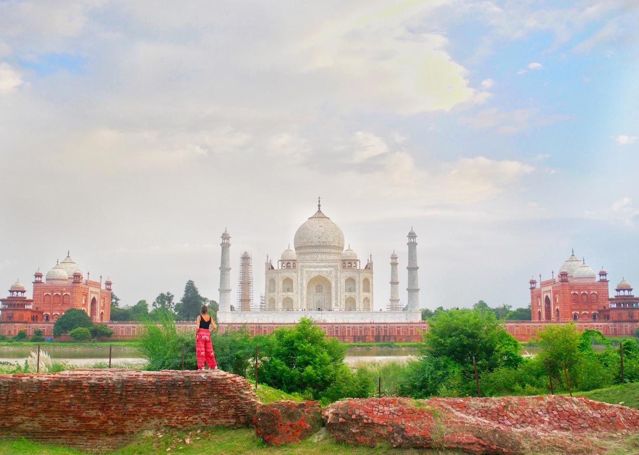 Taj-mahal-from-behind