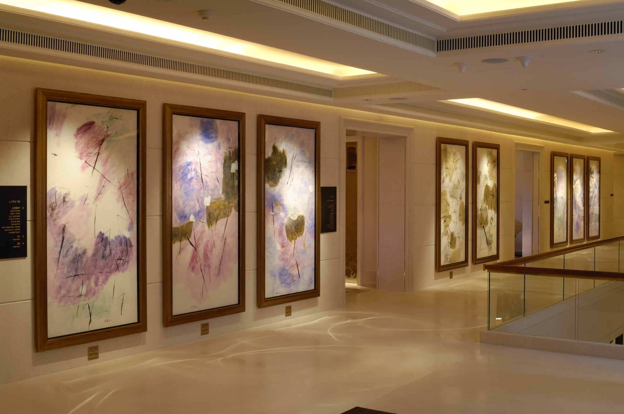 chua-ek-kay_lotus-pond-series_level-1u-corridor