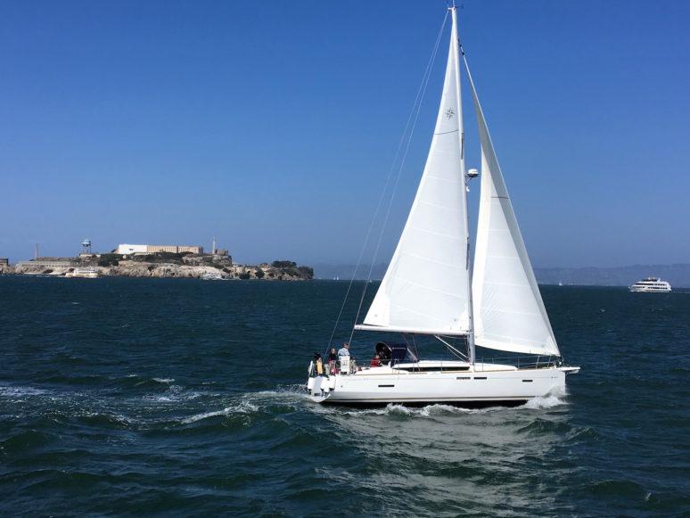 sailboat-in-san-francisco-bay-3