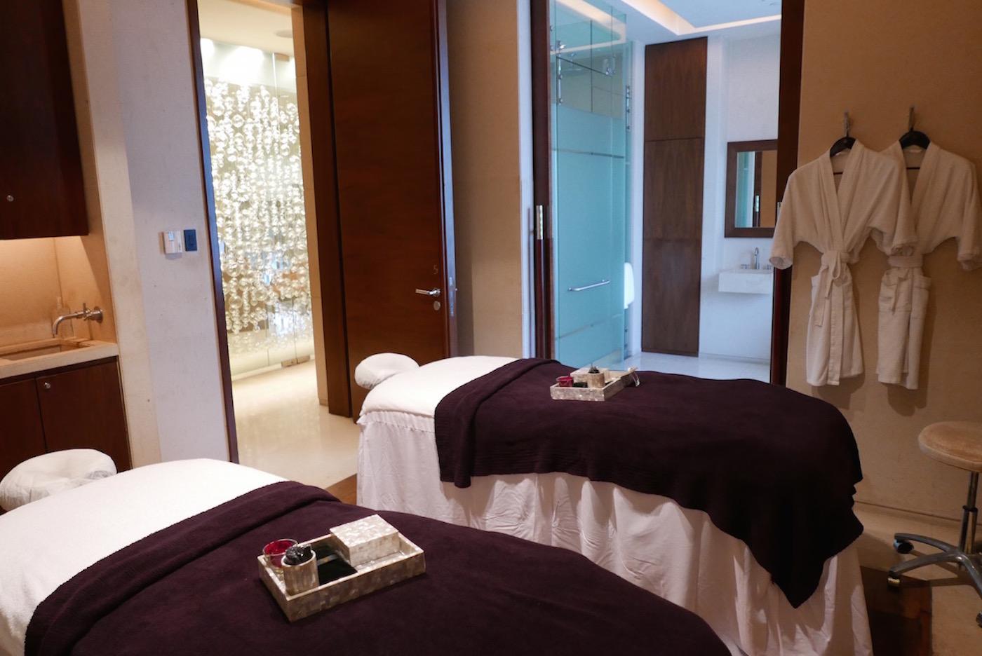st-regis-singapore-luxury-hotel-review-19
