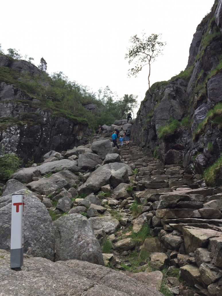 pulpit-rock_hike_1_norway