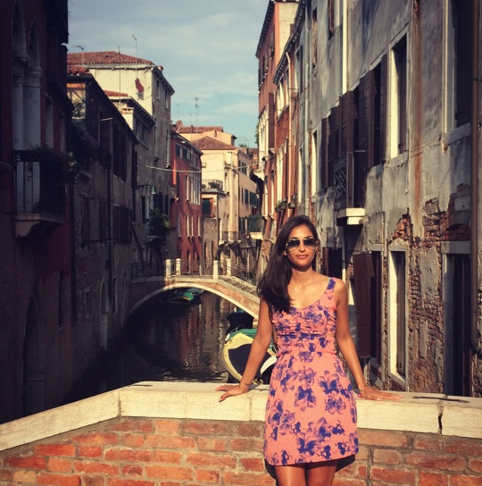 girl-talk-interview-we-are-travel-girls-asha-dahya-1