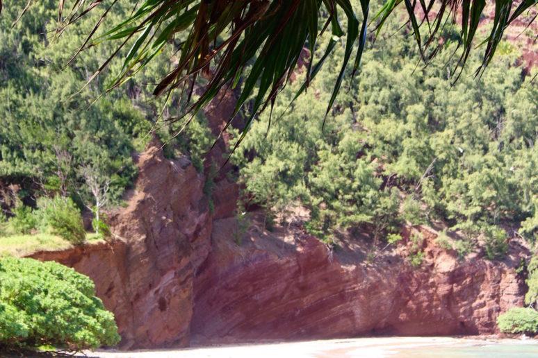 red-cliffs-koki-beach-maui