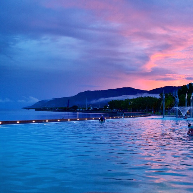Cairns-Lagoon-Esplanade