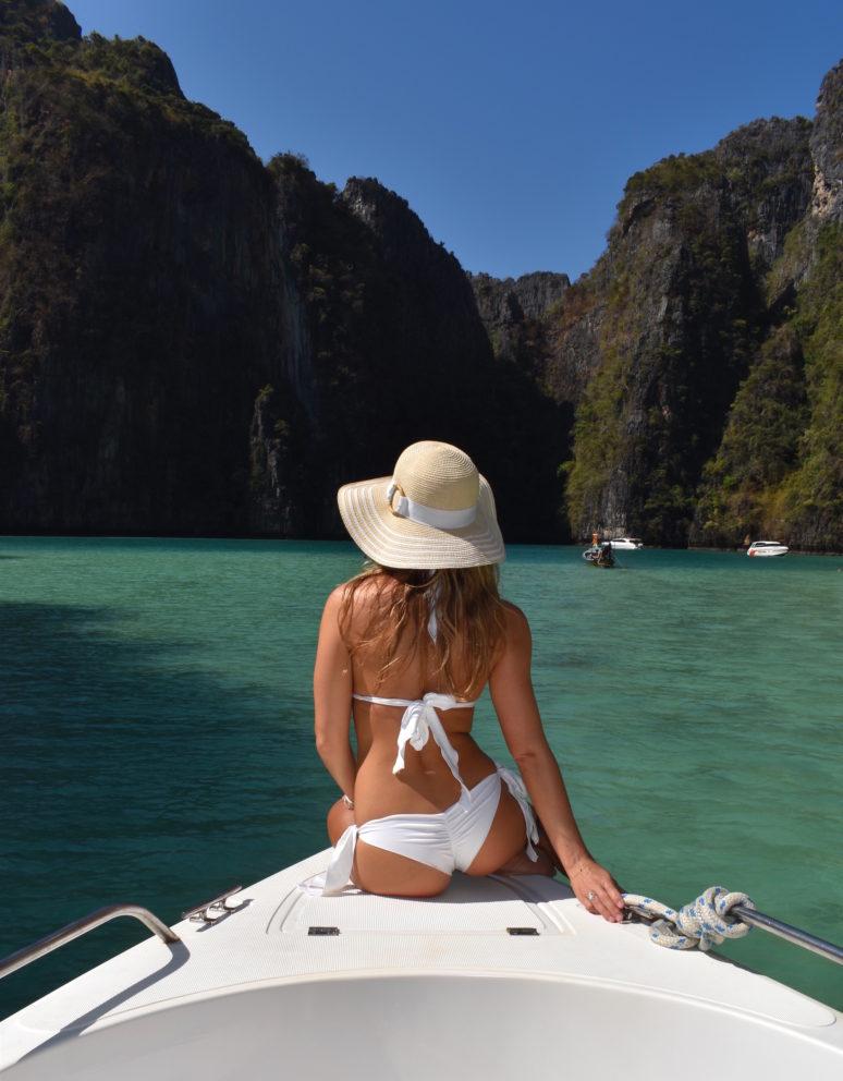 We Are Travel Girls & SummerLove Swimwear Giveaway