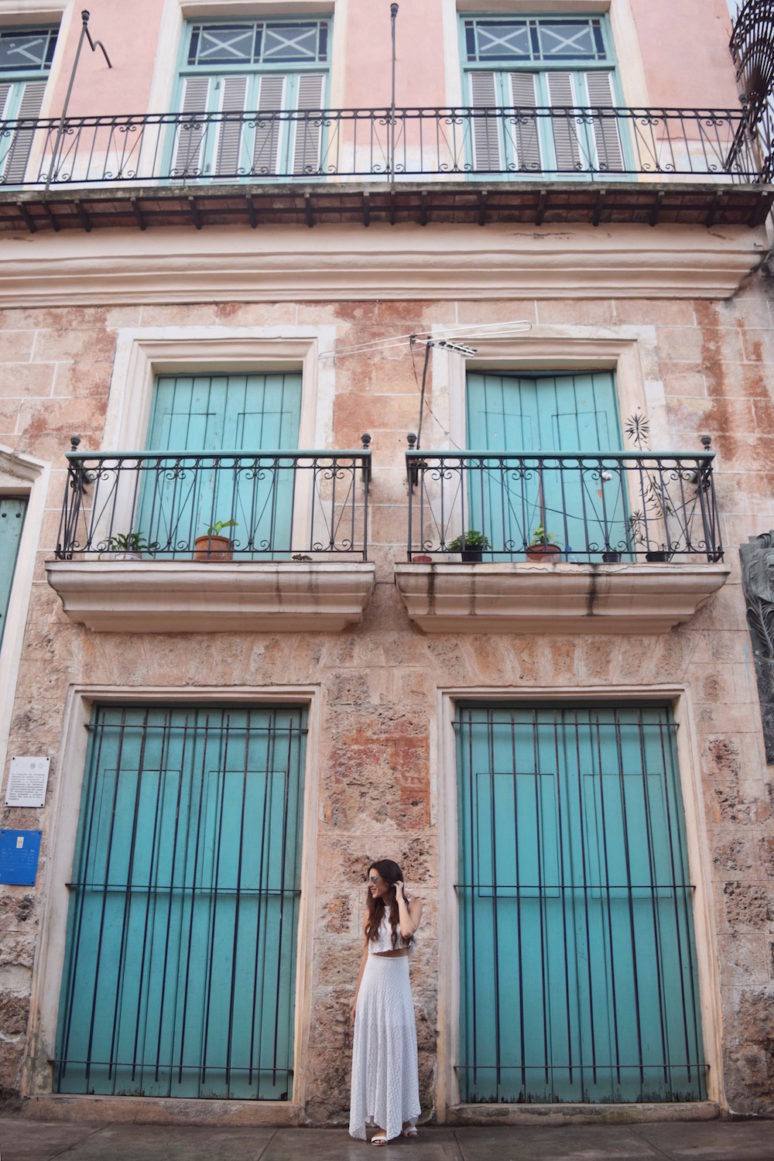 13 THINGS TO KNOW BEFORE YOU TRAVEL TO CUBA - blue doors