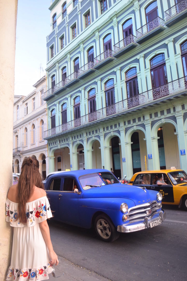13 THINGS TO KNOW BEFORE YOU TRAVEL TO CUBA - vintage car