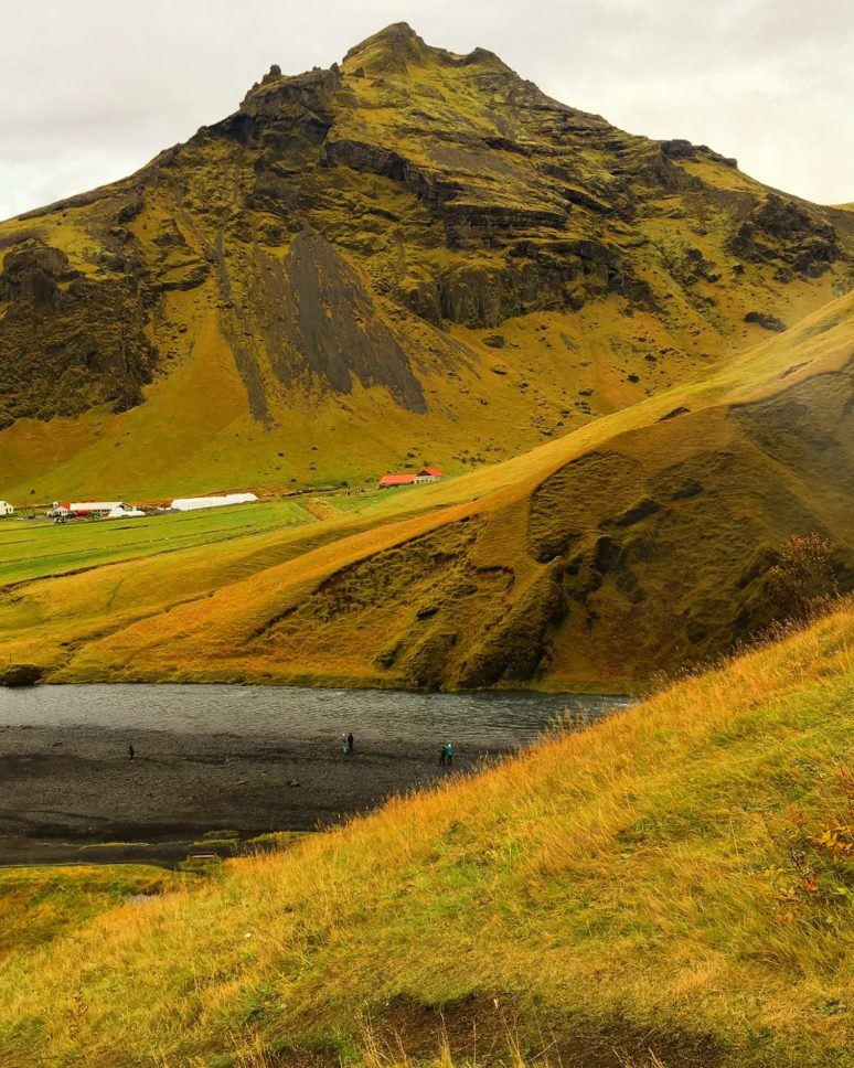 ICELAND- A 3 DAY ITINIERARY IN THE LAND OF FIRE AND ICE Skógafoss-iceland-2