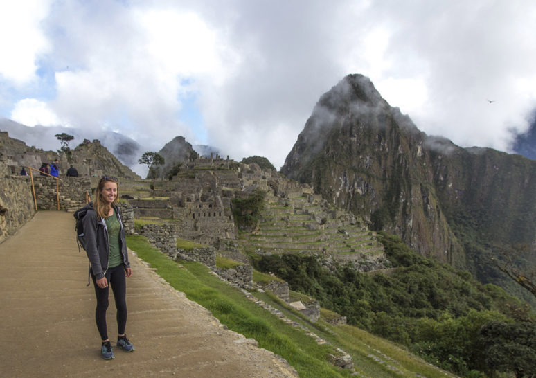 HOW VOLUNTEERING ABROAD TURNED ME INTO A SOLO TRAVELER