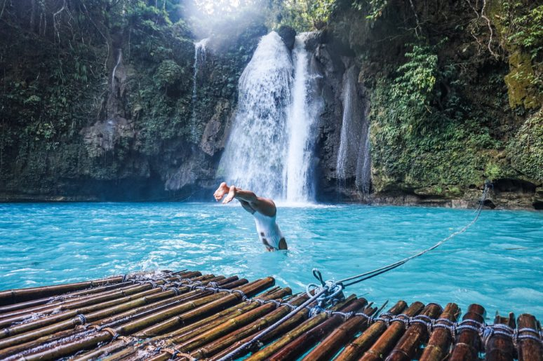 THE 5 MOST UNFORGETTABLE PLACES IN THE PHILIPPINES Philippines-Kawasan-Falls