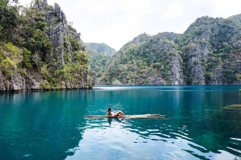THE 5 MOST UNFORGETTABLE PLACES IN THE PHILIPPINES Philippines-Kayangan-Lake