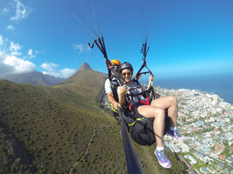 Cape-Town-Paragliding-10-AWESOME-THINGS-TO-DO-IN-CAPE-TOWN-SOUTH-AFRICA