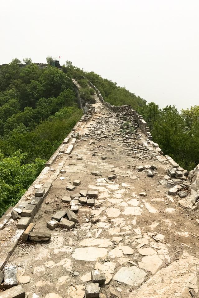 Jiankou-ruins_The-Great-Wall HOW TO HIKE THE GREAT WALL OF CHINA LIKE A PRO