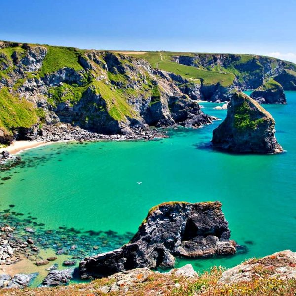 A GUIDE TO ADVENTUROUS ACTIVITIES IN CORNWALL