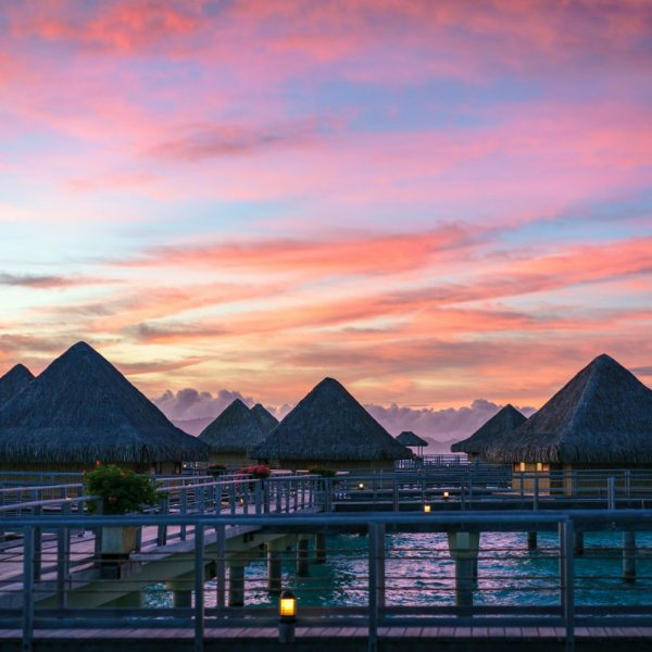 TAHITI AND BORA BORA: THE MOST AMAZING ISLANDS IN THE PACIFIC OCEAN