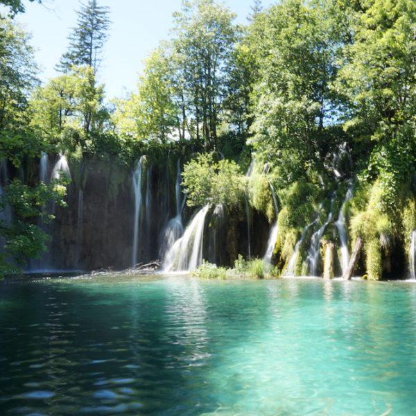 A GUIDE TO CROATIA'S KRKA NATIONAL PARK & PLITVICE LAKES