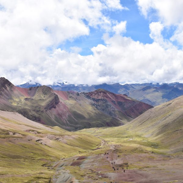HIKING RAINBOW MOUNTAIN IN CUSCO, PERU