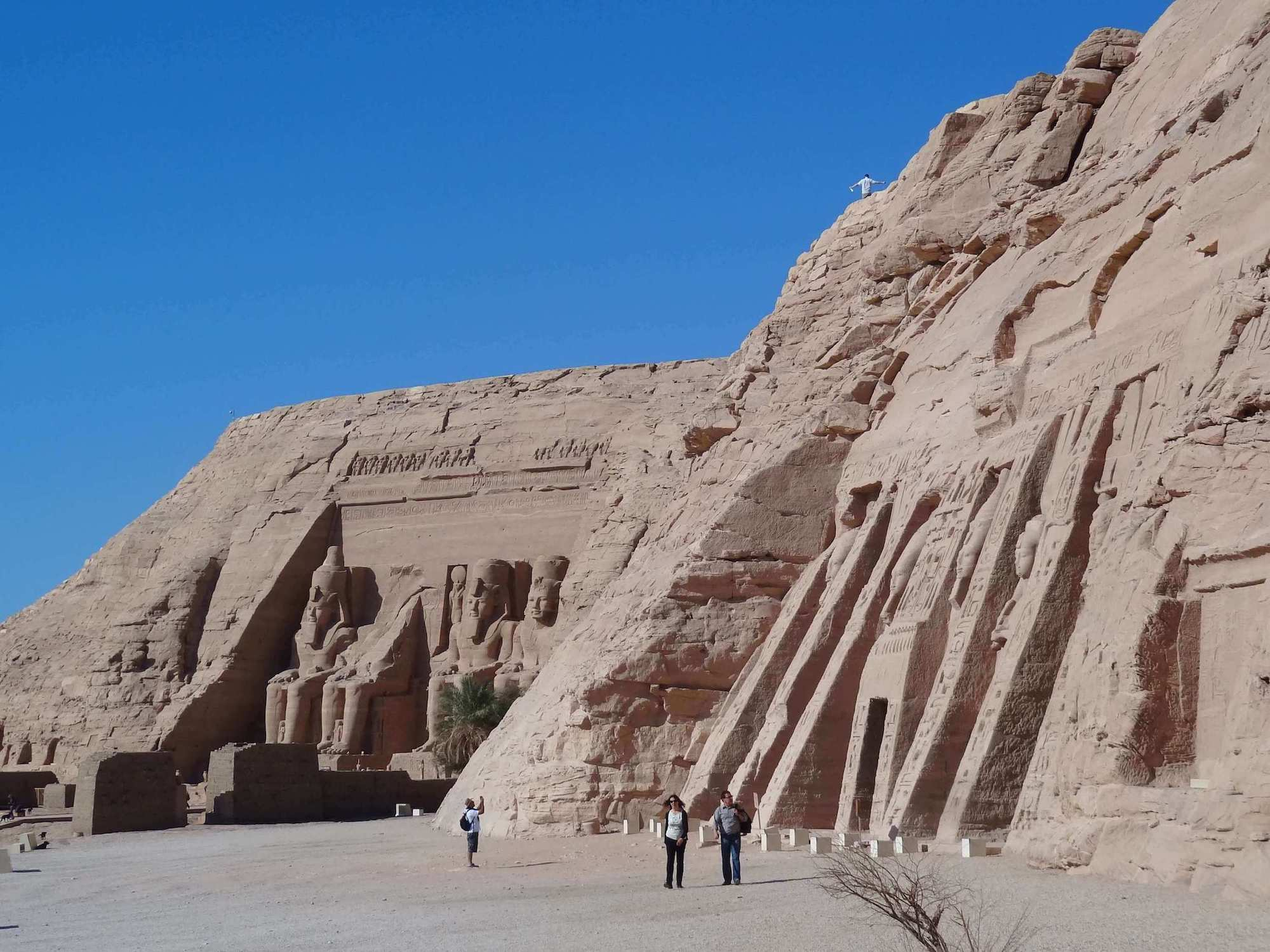 8 Reasons Why You Should Visit Egypt In 2018