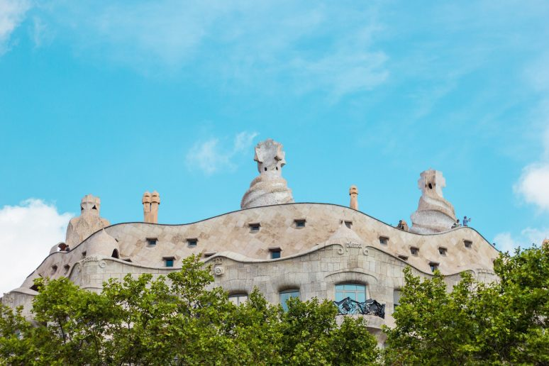 5 THINGS TO DO IN BARCELONA