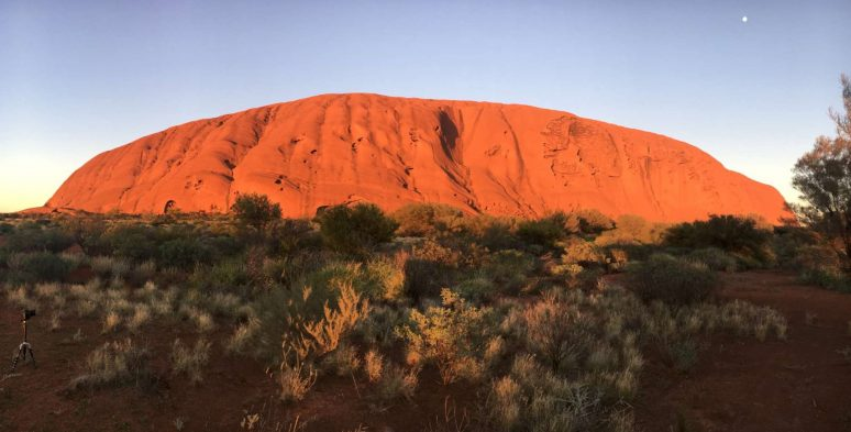 5 REASONS TO VISIT ULURU – THE SPIRITUAL HEART OF AUSTRALIA