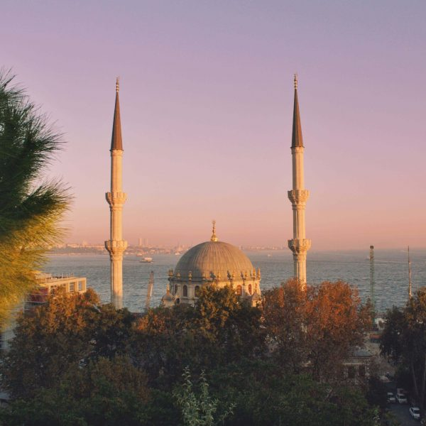 ISTANBUL'S BEST GOLDEN HOUR SPOTS
