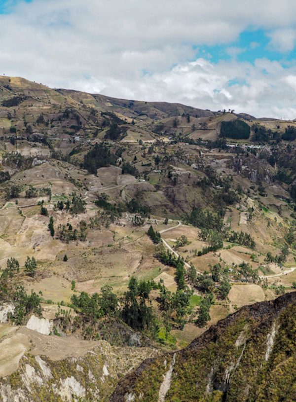 quilotoa-loop-hike-ecuador
