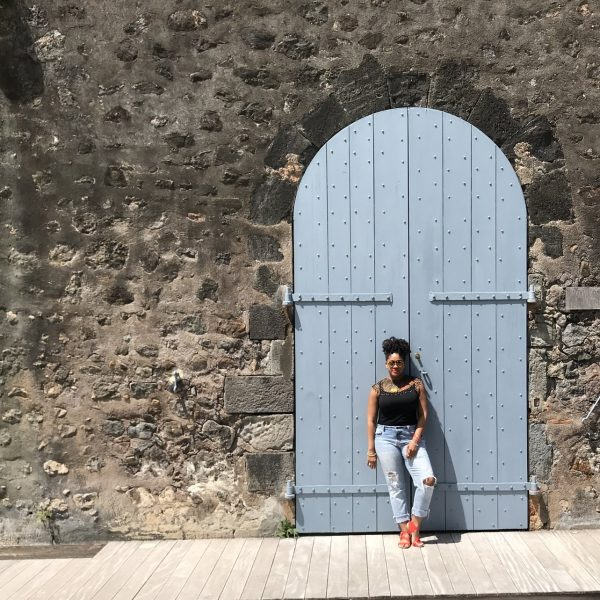 LADIES WE LOVE: RACHEL TRAVELS
