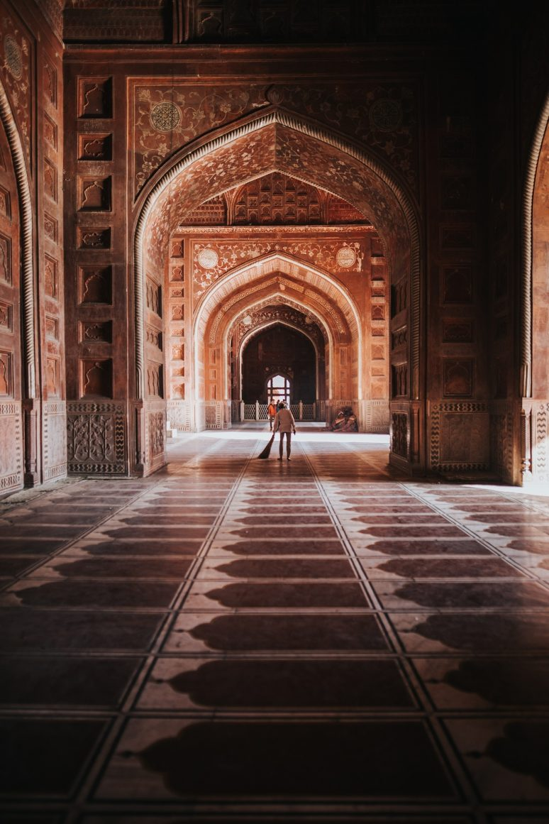 taj-mahal-interior-india