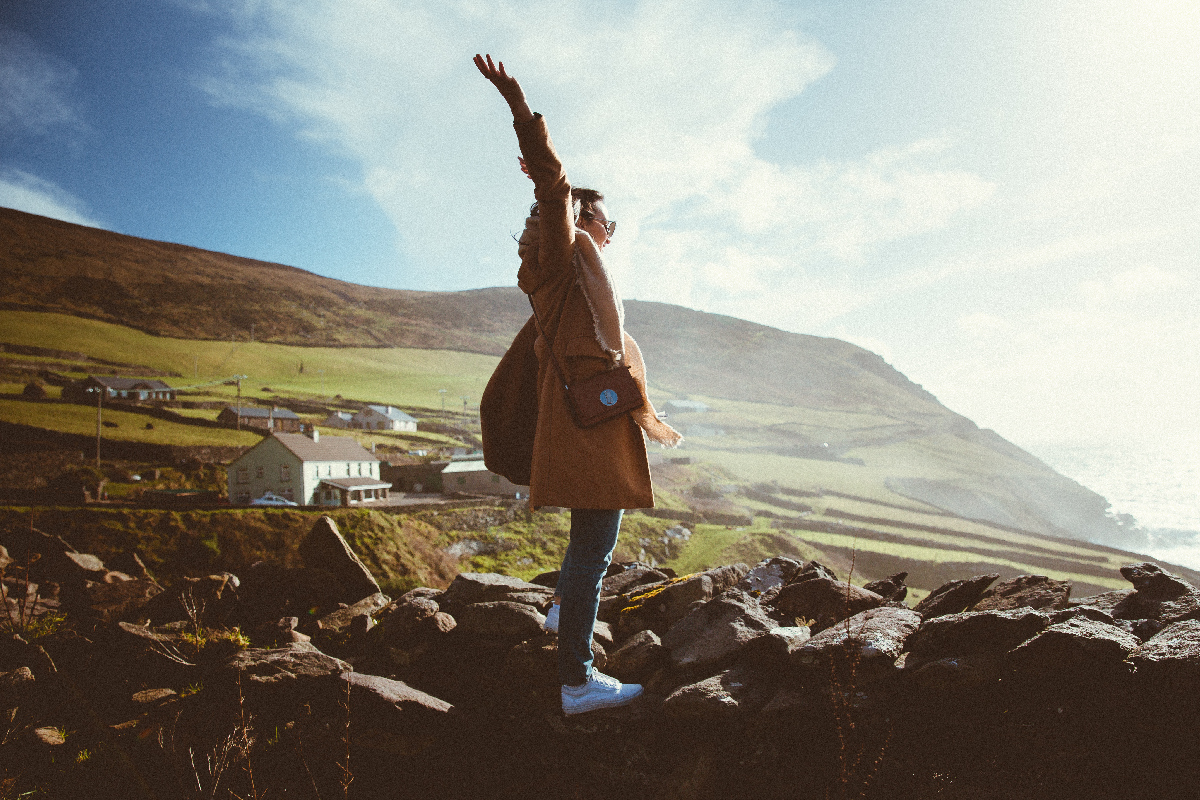 10 MUST DO STOPS ON AN IRELAND ROAD TRIP