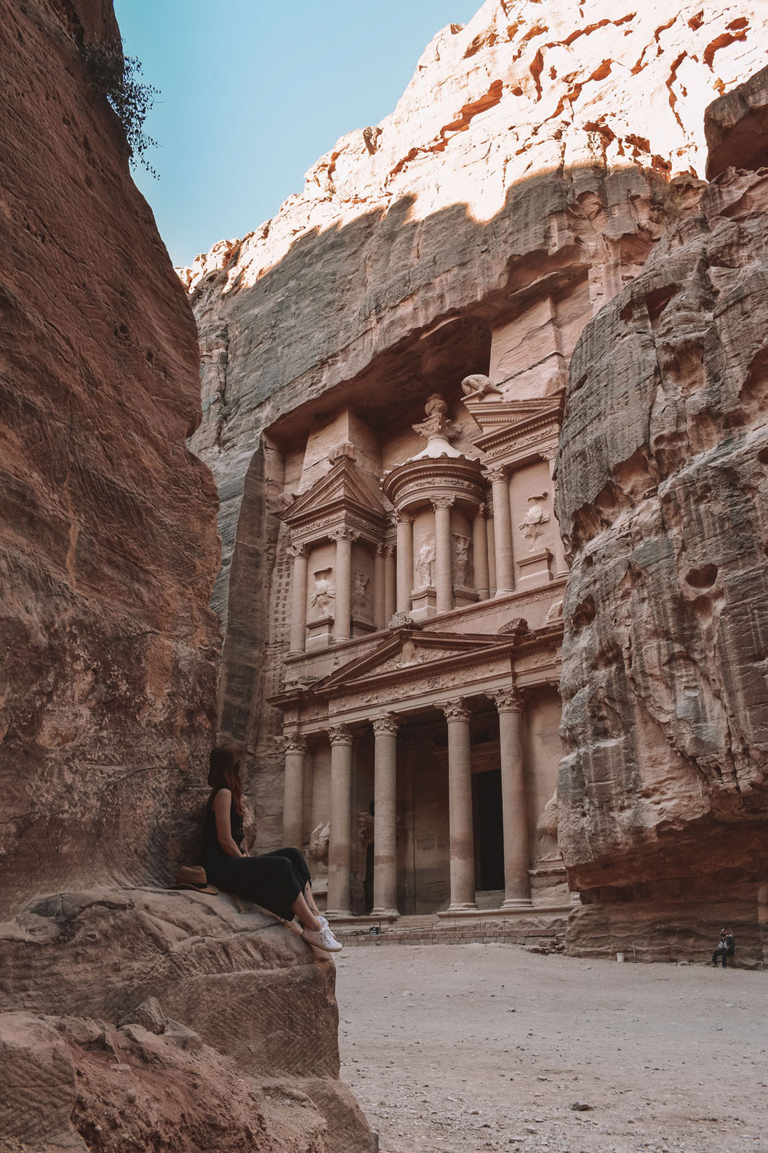 Petra Treasury from the ground